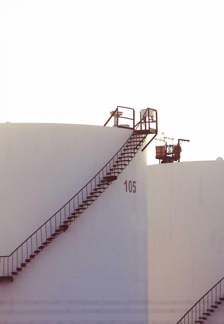 tanker-vehicle-industry-fabric-silos-tanks-1062732-pxhere.com